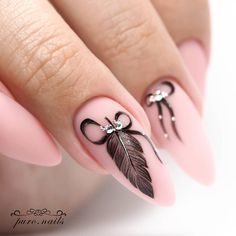 Are you still looking for feather nail art design ideas? I collected 70 beautiful feather nails from the Internet, which can help you with your nail design in Feather Nail Designs, Feather Nail Art, Nail Art Designs, Feather Design, Pink Nail Art, Pink Nails, Gel Nails, Nail Swag, Cute Nails