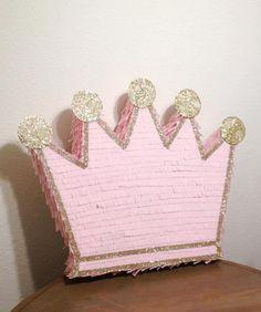 Princess Birthday Party Decorations, Princess Theme Party, Baby Shower Princess, Diy Party Decorations, Sofia The First Birthday Party, 6th Birthday Parties, Birthday Celebration, Princess Pinata, Craft Gifts
