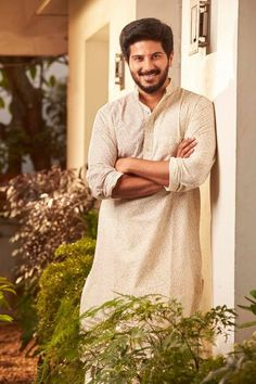 Dulquer Salmaan is an Indian film actor who appears predominantly in Malayalam and Tamil films, younger son of actor Mammootty and Sulfath. Malayalam Cinema, Malayalam Actress, Famous Indian Actors, Happy Onam, Cute Celebrity Couples, Indian Photoshoot, Vijay Actor, Cute Baby Videos, Actors Images