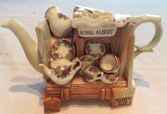 "Rare Royal Albert Cardew Miniature Teapot ""Market Stall Show Wagon"", 1996"