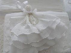 Pompon de porte modèle crinoline : Textiles et tapis par felicie62