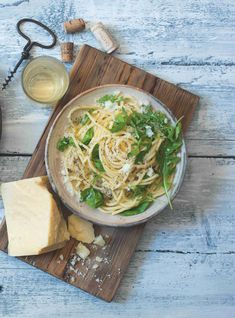 Špagety cacio e pepe How To Cook Kale, How To Cook Pasta, Hello Fresh Recipes, Tuscan Chicken, Parmesan Sauce, Spaghetti Recipes, Creamy Sauce, Roasted Chicken