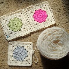 """{how to} """"squircle"""" grannies - love the frilly edges and method of joining (tute found in her sidebar)"""