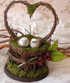 """Fantastical Forest Collection"" birds n berries cake topper from Yandebridal via etsy.com"