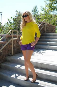 Complementary Color Scheme: yellow sweater and purple shorts with leopard print flats- LSU game day outfit! Cute Summer Outfits, Spring Outfits, Casual Outfits, Cute Outfits, Fashion Outfits, Womens Fashion, Fashion Trends, Purple Outfits, Outfit Summer
