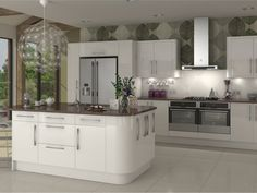 Design & buy your Livorna Cream kitchen online. All of our Livorna Cream kitchen units, doors & accessories are available to order today at trade prices from DIY Kitchens. Kitchen Inspirations, Kitchen Flooring, Kitchen Plans, Cream Kitchen, Gloss Kitchen, Kitchen, White Kitchen Units, Contemporary Kitchen, Living Room Kitchen