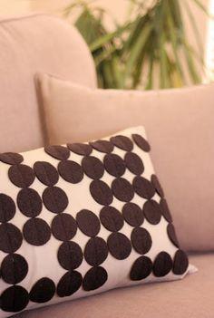 Modern Circle Pillow Cover