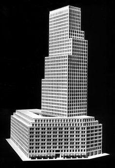 Entwurf Hans Kollhoff / Helga Timmermann; Ausarbeitung des Turmhauses Baublock D4, Modellfoto