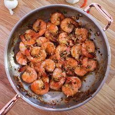 shrimp recipes The BEST Hawaiian Style Garlic Shrimp Recipe! Prawn Recipes, Fish Recipes, Seafood Recipes, Asian Recipes, Dinner Recipes, Cooking Recipes, Healthy Recipes, Seafood Appetizers, Garlic Shrimp Recipes