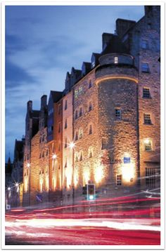 Edinburgh's Royal Mile, site of the Edinburgh Book Fair, as seen in IF BOOKS COULD KILL, Bibliophile Mystery 2.