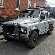 """""""Silver bullet"""" in #Melbourne By @defendersoftheearth #landrover #defender110csw #landroverdefender #landroverphotoalbum"""