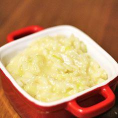 Risoto de alho poró com gorgonzola Easy Cooking, Cooking Recipes, Brazillian Food, Paella, Vegetarian Recipes, Healthy Recipes, Vegan Foods, Fabulous Foods, No Cook Meals