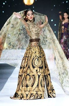 My guess is that this is Indonesian/Balinesian Haute Couture bridal. Just based on the board I found it on, which was largely Indonesian batik fashion. Kebaya Dress, Batik Kebaya, Batik Dress, Indonesian Kebaya, Indonesian Women, Indonesian Wedding, Couture Fashion, Fashion Show, Fashion Design
