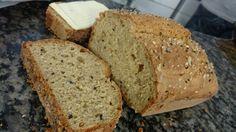 Pão sem glúten de liquidificador