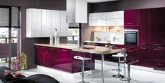 Cuisine violet et blanc