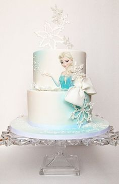 21 Disney Frozen Birthday Cake Ideas and Images - My Happy Birthday Wishes Whit. 21 Disney Frozen Birthday Cake Ideas and Images – My Happy Birthday Wishes White Snowflakes with Disney Frozen Cake, Frozen Theme Cake, Disney Frozen Birthday, Disney Cakes, Frozen Fondant Cake, Frozen Doll Cake, Torte Frozen, Elsa Torte, Elsa Birthday Cake
