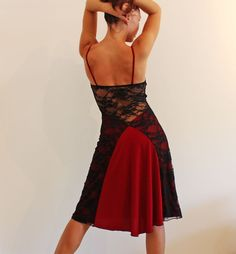 Tango red and black lace dress. Abito da tango www.crinolinatelier.it