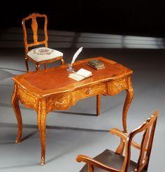 Antique Interior, Marquetry, Cabinet Makers, Artisan, Desk, Interior Design, Antiques, Wood, Classic