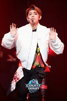 V ❤ BTS At MCOUNTDOWN (170223) #BTS #방탄소년단