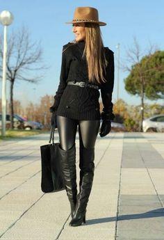 Black leather leggings♥ Black everything