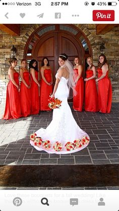 Must-Have Wedding Photos With Your Bridesmaids Love these bouquets for a fall wedding! Like this pose without the boquets on dress tooLove these bouquets for a fall wedding! Like this pose without the boquets on dress too Wedding Picture Poses, Wedding Photography Poses, Wedding Poses, Wedding Pictures, Photography Ideas, Modern Photography, Outdoor Photography, Photography Hashtags, Party Photography