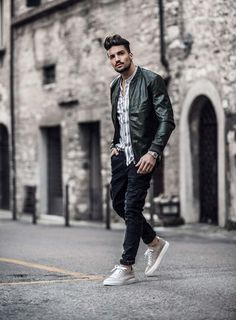 Casual outfit – bohemian attitude and mdv shoes Mens Fashion Blog, Mens Fashion Suits, Fashion Moda, Casual Groom Outfit, Casual Outfits, Men Casual, Men's Accessories, Mdv Style, Men's Style