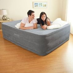 Queen Size Air Bed Mattress Intex With Built-In Electric Pump Raised Aerobed Air Mattress, Queen Mattress, Best Mattress, Queen Beds, Mattress Cleaning, Comfort Mattress, Mattress Springs, Blow Up Beds, Inflatable Bed