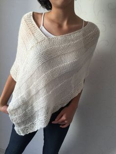 Ivory knit poncho hand knit women wrap acrylic and wool Pull Poncho, Knitted Poncho, Poncho Shawl, Capelet, Loom Knitting, Knitting Stitches, Hand Knitting, Wool Thread, Wool Yarn