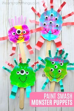 These fun paint smash monster puppets are a great book inspired craft for kids for a monster-themed book. Fun monster craft, kids process art activity, Halloween monster crafts for kids, Halloween crafts and monster kids craft.