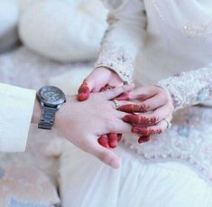 35 new ideas for photography couples hands sweets Cute Muslim Couples, Romantic Couples, Wedding Couples, Couple Goals, Cute Couples Goals, Couple Dps, Beautiful Couple, Beautiful Hands, Muslim Couple Photography