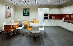 Projekt i realizacja pomieszczenia socjalnego dla GreCo w biurowcu Crow Point Warszawa