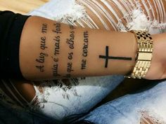 Cross tattoos – Tattoo World