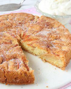 Ljuvlig äppelkaka – Lindas Bakskola Healthy Recepies, Fika, No Bake Cake, Tapas, Cake Recipes, Sweet Tooth, Sweet Treats, Food And Drink, Sweets