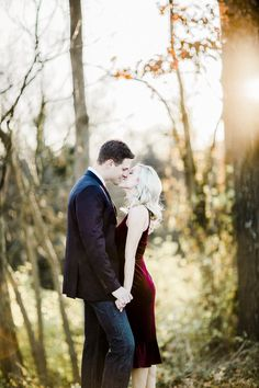 Fall Engagement in Covington Kentucky. Engagement Photo Outfits, Fall Engagement, Engagement Photos, Covington Kentucky, Jewel Tone Colors, Engagement Inspiration, Beautiful Couple, Travel Photographer, Hanging Out