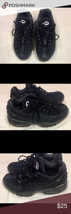 Black Size 8 Nike Air Max, Black with signs of wear on shoes and bottoms. Laces are worn and needs to be replaced. Shoes are in Good condition. Nike AirMax Shoes Sneakers