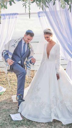 "Your Jewish Wedding Your Way on Instagram: ""With @mirrormirrorbridalcouture"" Pronovias Wedding Dress, Wedding Dresses, Mirror Mirror Bridal, Luxury Wedding, Dream Wedding, Stuart Woods, London Blog, Woods Photography"