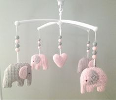 Crochet Elephant Amigurumi Free Pattern with Video Diy Crochet Elephant, Crochet Baby Toys, Crochet Diy, Love Crochet, Crochet Animals, Crochet For Kids, Baby Knitting, Crochet Elephant Pattern Free, Crochet Ideas