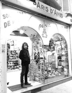 Jim Morrison in Paris *This is Joe Russo of The Soft Parade tribute band. Please see jimmorrisonsparis.com if still in doubt. - Kel (c) image by Michelle Campbell