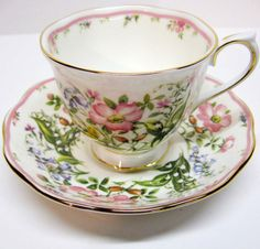 Beautiful Royal Albert Teacup & Saucer - Morning Dew - Country Bouquet Collection