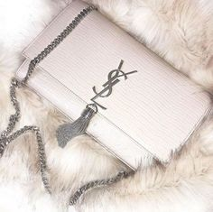 Yves San Laurent white crossbody bag with silver chain Luxury Bags, Luxury Handbags, Fashion Handbags, Purses And Handbags, Fashion Bags, Hermes Handbags, Cheap Handbags, Ysl Purse, Ysl Bag