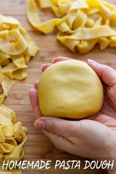 Step-by-step instructions on how to make the perfect homemade pasta dough with a. Step-by-step instructions on how to make the perfect homemade pasta dough with a ton of tips. No stand mixer needed, just 15 minutes of your time! Pasta Primavera, Pastas Recipes, Cooking Recipes, Linguine Recipes, Easy Recipes, Recipies, Homemade Pasta Dough, Homemade Recipe, Easy Ravioli Dough Recipe