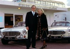 Roger Moore with The Saint Volvo