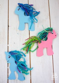 Super simple My LIttle Pony craft with free printable to colour or decorate perfect to celebrate the new My Little Pony movie