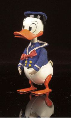 Christie's  Schucco Donald Duck clockwork 1958