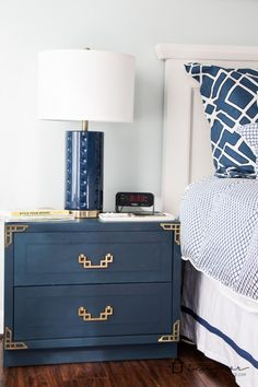 BEAUTIFUL Campaign bedside table makeover! This blogger scored an entire furniture set for a bargain and gave it new life with some paint and TLC.