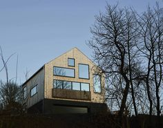 Enebolig Hellerud Arkitekt: wood a+d Home Fashion, Multi Story Building, Cabin, House Styles, Wood, Home Decor, House, Decoration Home, Woodwind Instrument