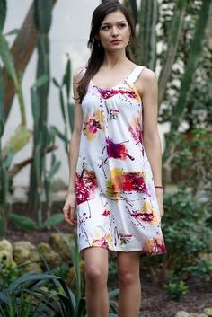 Free sewing pattern summer dress. Vestido veraniego de Bernina | EL BAÚL DE LAS COSTURERAS