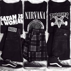 Ideas for style grunge tights Grunge Outfits, Punk Outfits, Mode Outfits, Grunge Fashion, Gothic Fashion, Fashion Art, Girl Outfits, Fashion Outfits, Grunge Style