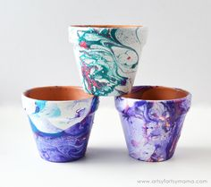 Marbled Flower Pots Tutorial at artsyfartsymama.com