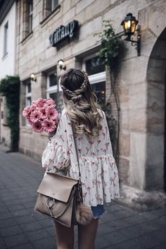 My hair story, SPRİNG OUTFİTS, Chicwish Flamingo Top, Vintage Levi& Skirt, Chloé Faye and braided hair - romantic Spring Outfit. Looks Boho Chic, Looks Style, My Style, Hair Style, Boho Style, Look Fashion, Fashion Beauty, Fashion Outfits, Spring Summer Fashion